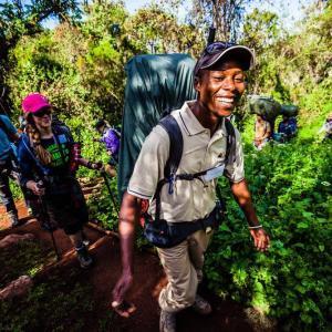 Kilimanjaro expedition med erfarna lokala guider   Swett