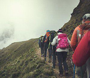 Vi vandrar i lugnt tempo längst Inkaleden för en sund acklimatisering