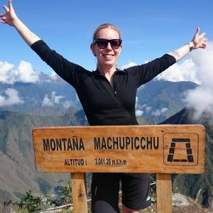 Jenny på toppen av Macchu Pichu