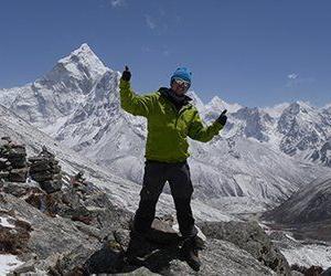 Att få se Mount Everest är en upplevelse för livet. Med Swett mot Everest Base Camp