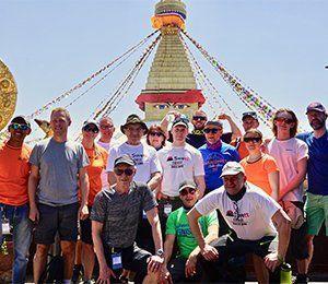 Resan mot Everest Base Camp börjar i Nepals huvudstad Katmandu
