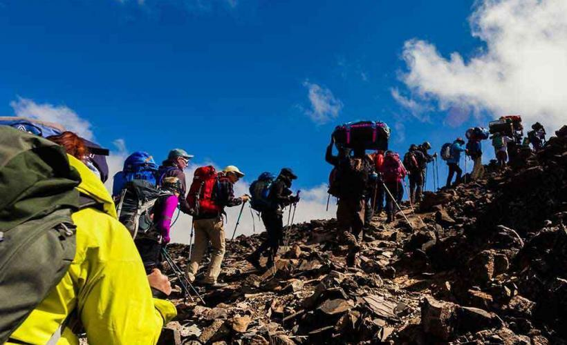 Vandring uppför Kilimanjaro