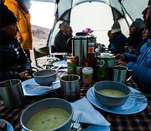 Bra mat är grunden till en behaglig dags vandring mot Kilimanjaro