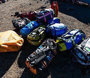 Träna på att vandra med väskor för att vara maximalt förberedd inför Kilimanjaro