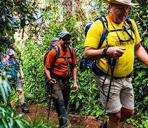 Vandra genom fantastiska miljöer med Swett på vägen mot Kilimanjaro