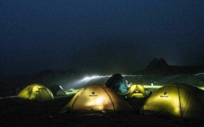 Snart dags för sömn och vila i tält vid Elbrus