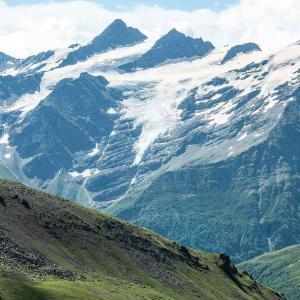 Elbrus magiska bergstoppar