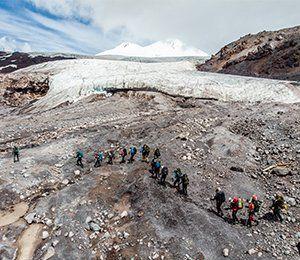 Vandring på egen rutt mot mäktiga Elbrus