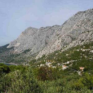 Dalmatien i Kroatien har både nära till hav och berg