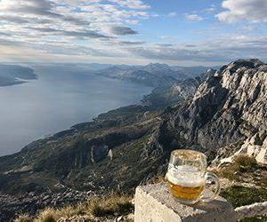 Du får en gastronomisk upplevelse med god mat i Kroatien