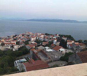 Vackra Dalmatien vid havet i Kroatien