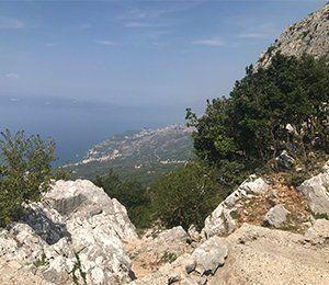 Utsikt över Adratiska havet från Sveti Jure i Kroatien