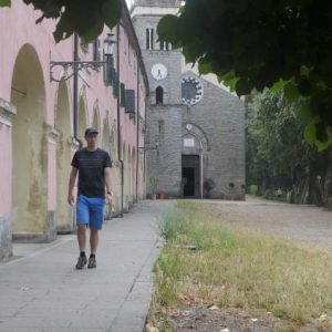 Utforska kyrkorna Cinque Terre | Swett